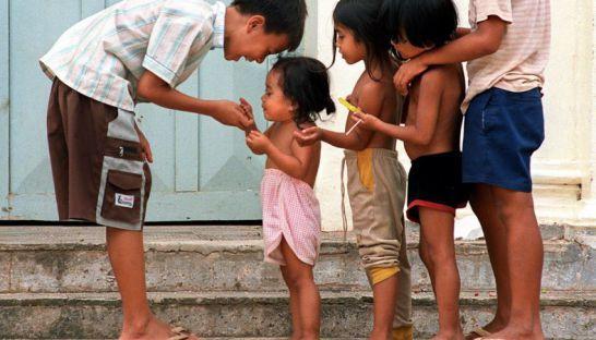 養護施設の児童数、政府予測より遥かに多いことが発覚