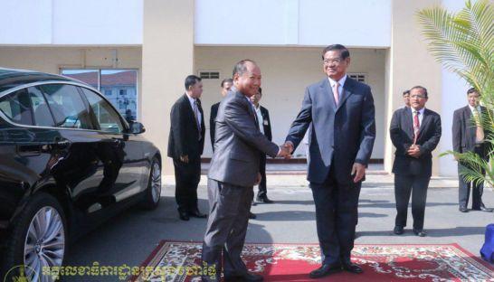 ラオスとの会談で国交関係の強化なるか