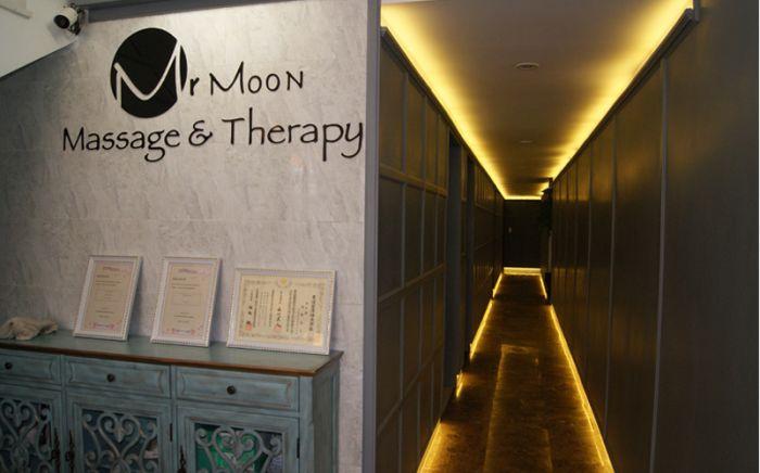 日曜日、月曜日、火曜日限定で15分延長!さらにメンバーズカード提示で20%OFF!【Mr. Moon Massage & Therapy】