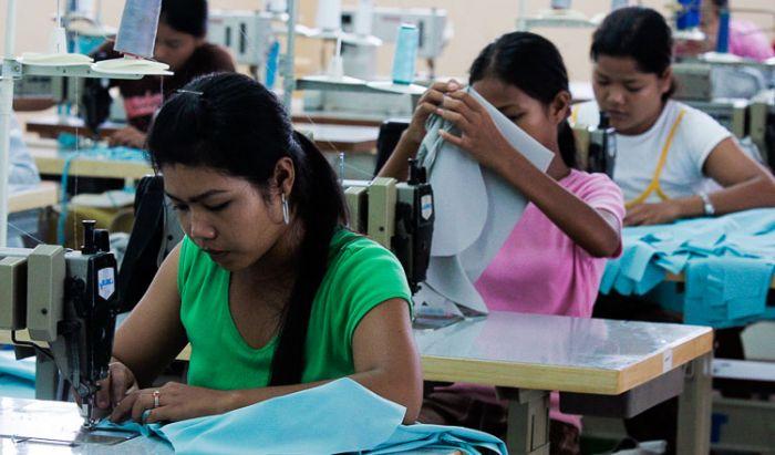 アメリカの格付け機関ムーディーズ、カンボジアの格付けを「B2」と発表