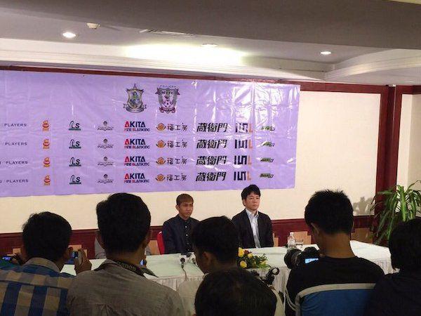 初のカンボジア出身Jリーガー、ワタナカ選手が日本到着