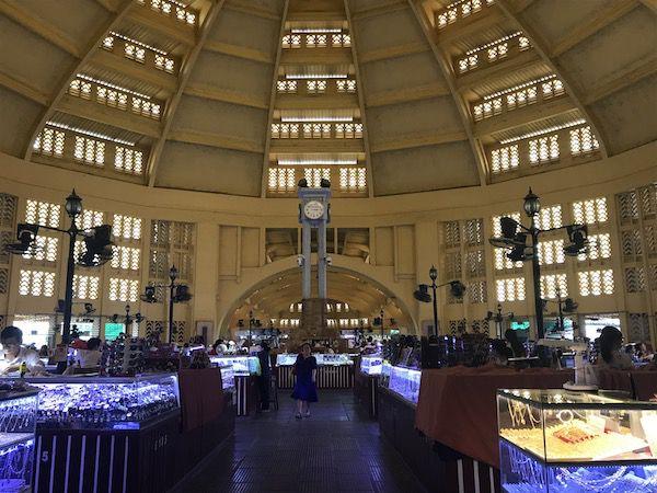 【セントラルマーケット】プノンペン最大規模の市場を写真付きで紹介