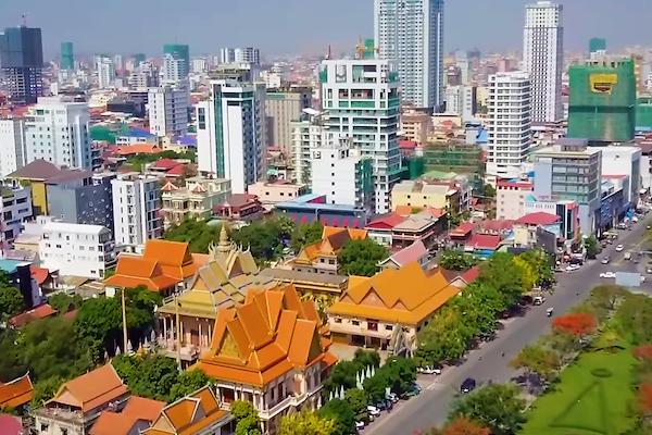 カンボジア:非常事態宣言に向け、法整備進められる