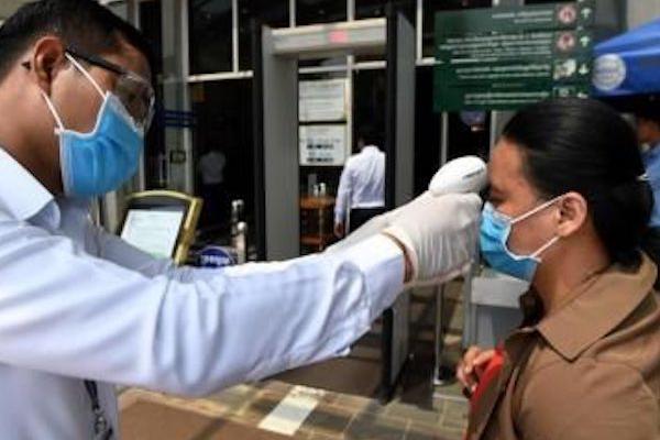 カンボジア:緊急事態宣言に向けた法律承認される